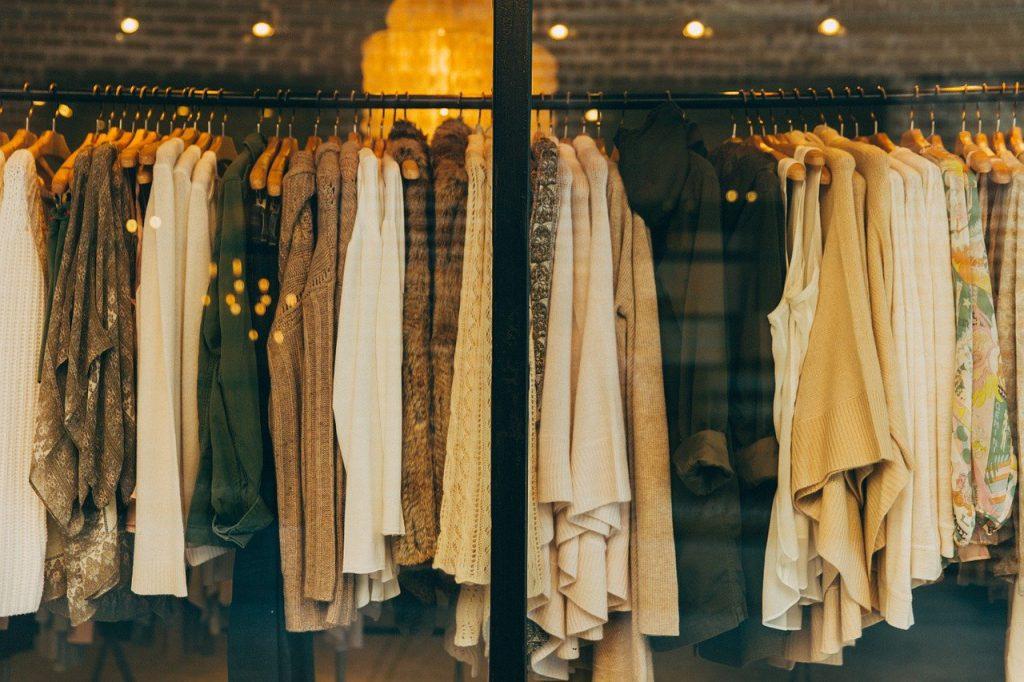 3 deurs kledingkast