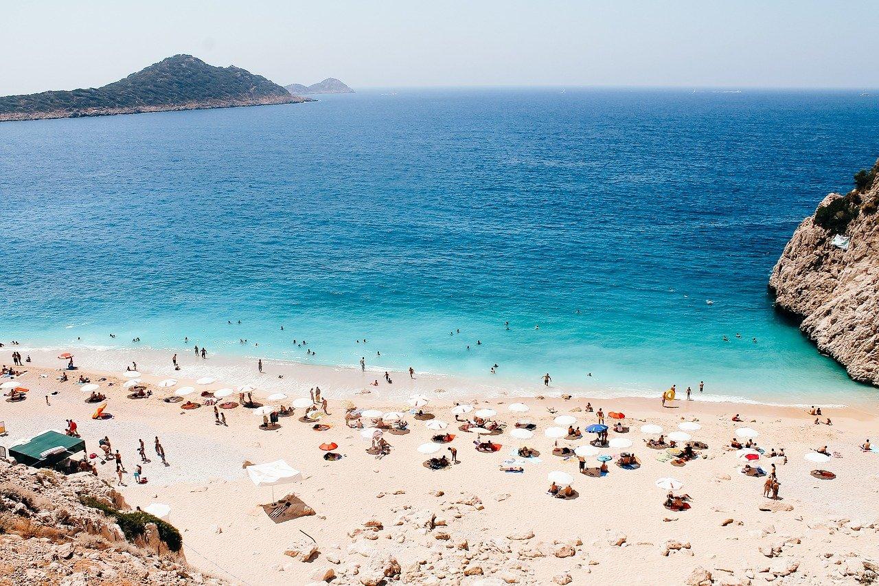 De 4 mooiste stranden in (de buurt van) Antalya