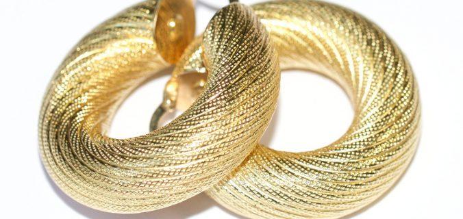 gouden oorbellen