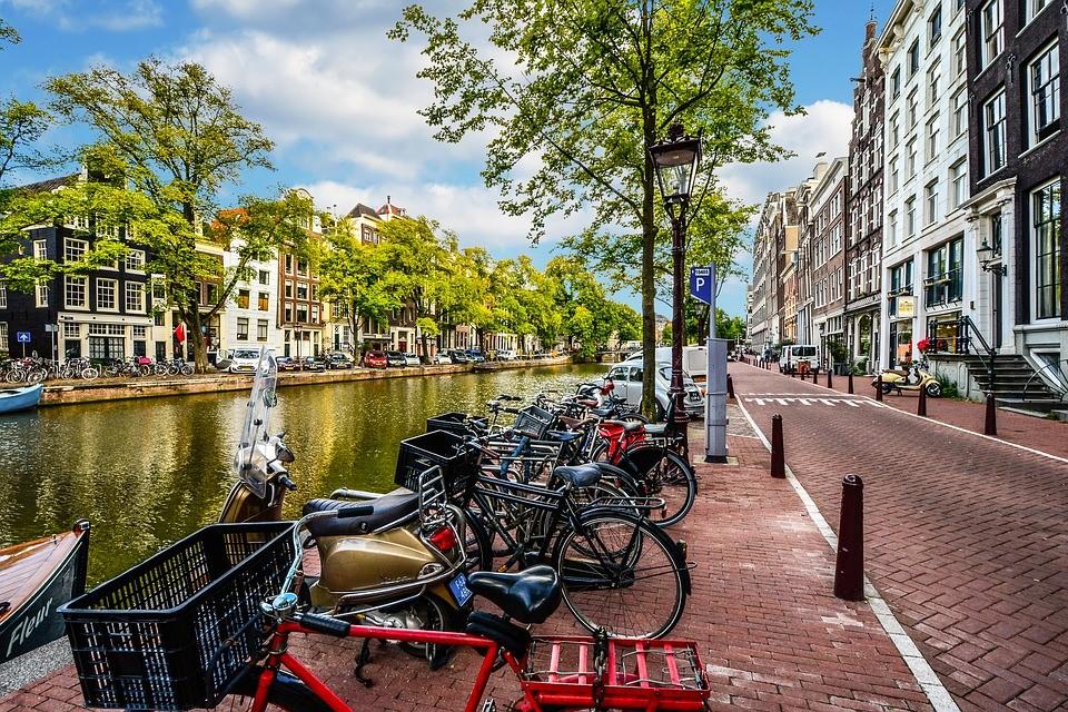 Bedrijfsafval Amsterdam